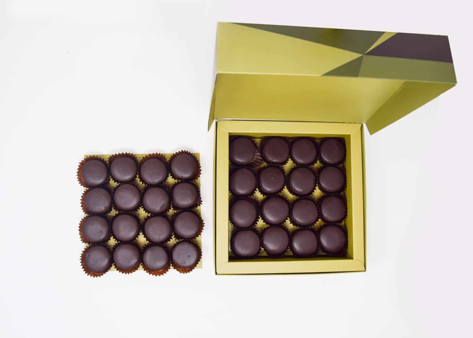 Petit-Four-Dipped-in-Chocolate