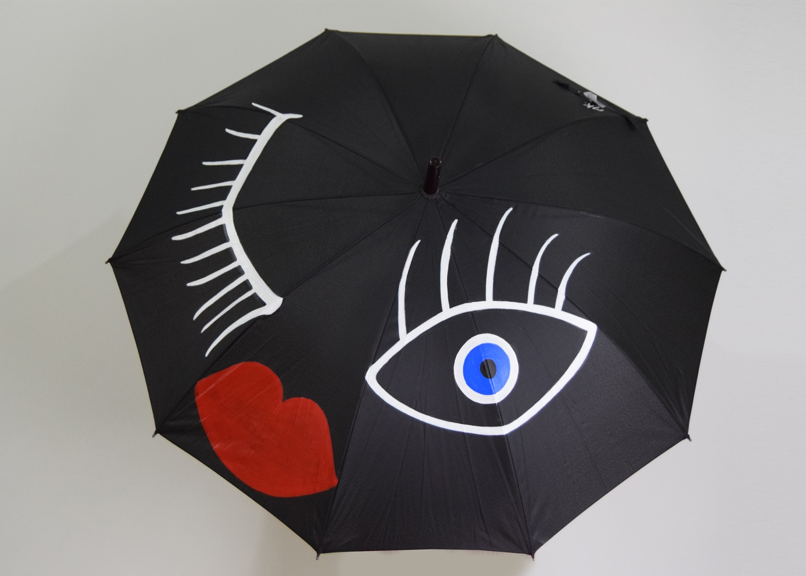 Wink Umbrella