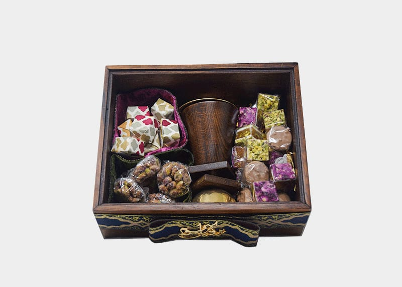 Majestic Wood - Incense Burner and Sweets Gift Box